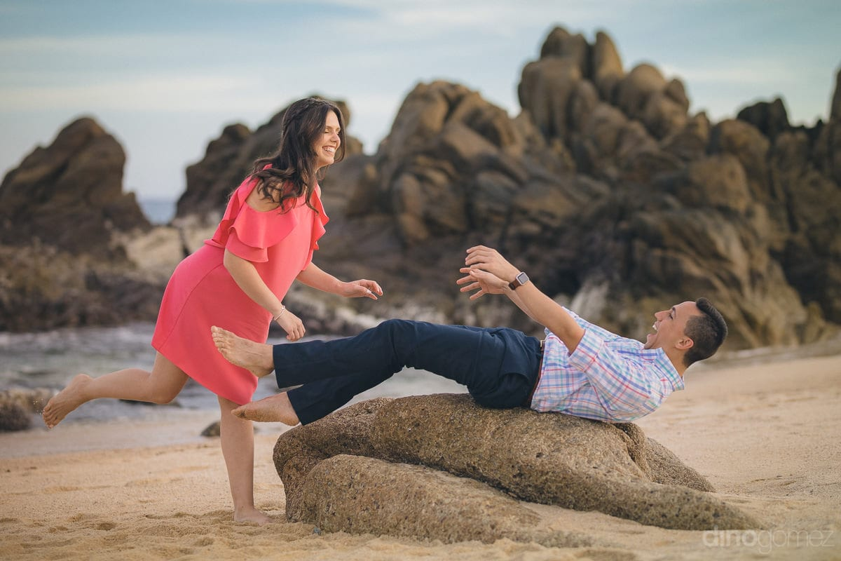 Playful Engagement Session in Los Cabos - Julia & Mauricio