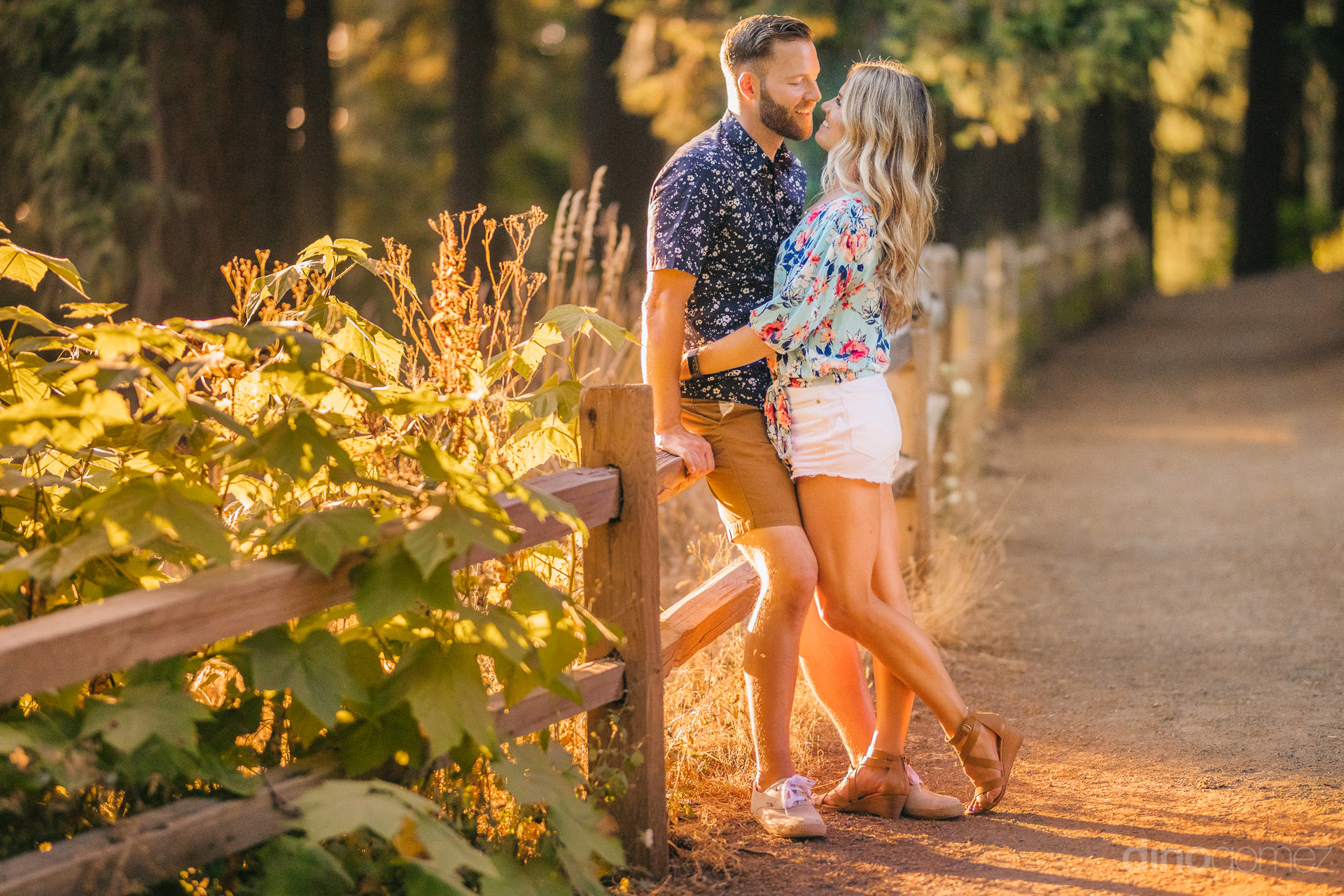 engagement session in Portland OR at Mt Tabor Park - A+T-105
