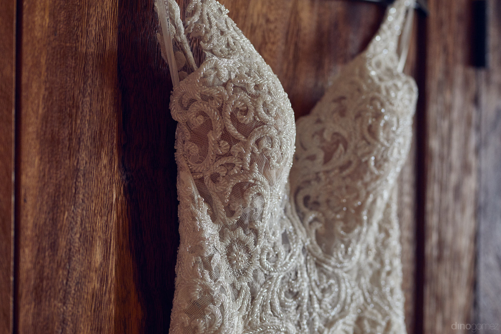 Beach Wedding Dress Ideal For Weddings In Los Cabos, Mexico - Mm