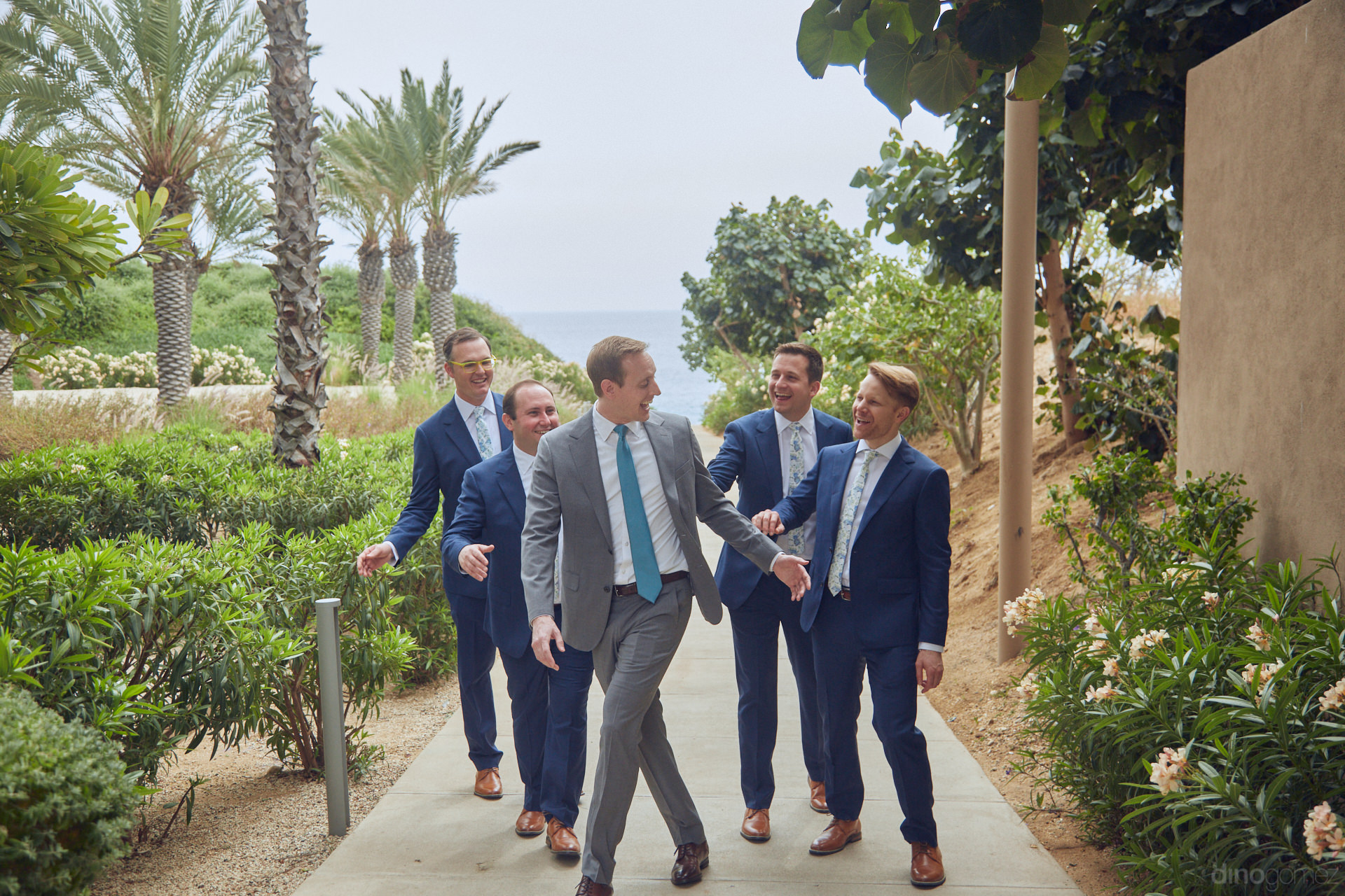 Candid Wedding Photographers In Los Cabos - Hilary & Bryan Flora Wedding