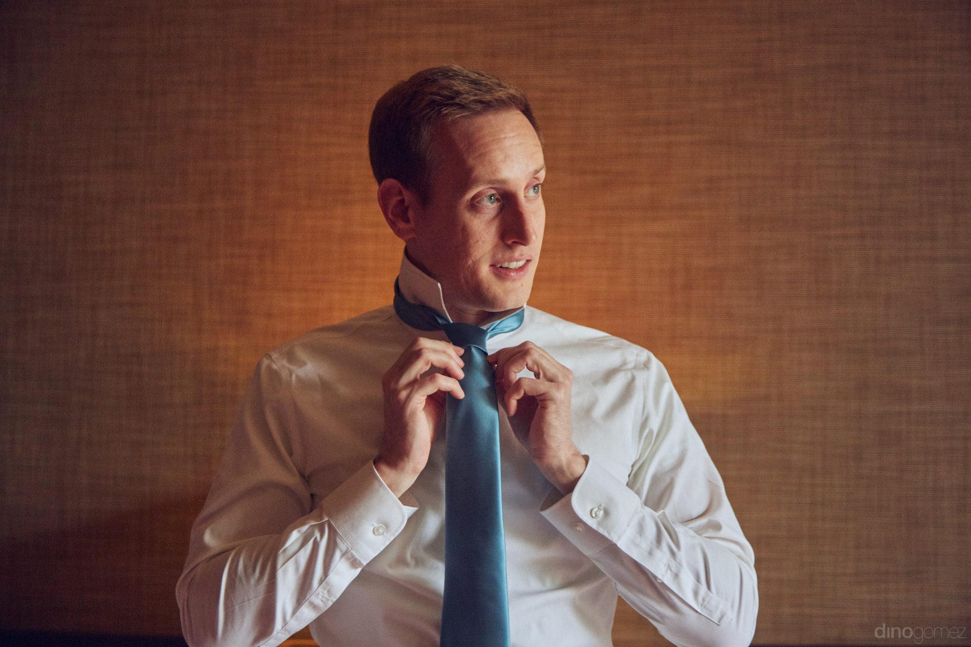 Elegant Tie For A Cabo Wedding - Hilary & Bryan Flora Wedding