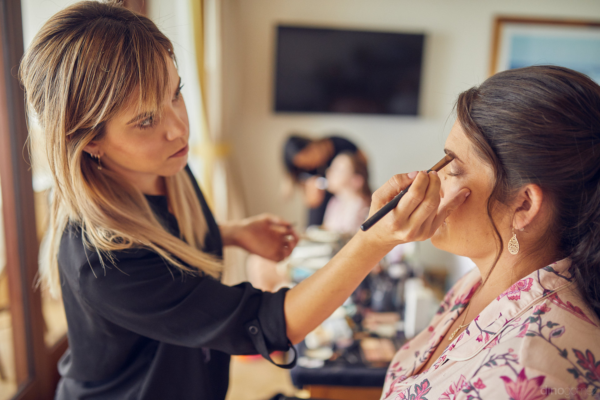 Makeup In Los Cabos Professionals Specialized In Bridal Makeup - Mm