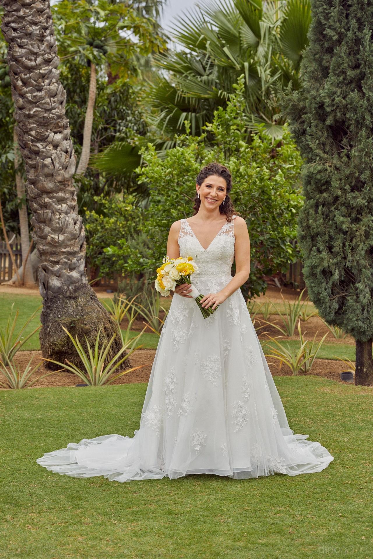 Stunning Wedding Photographs In Cabo San Lucas - Hilary & Bryan Flora Wedding