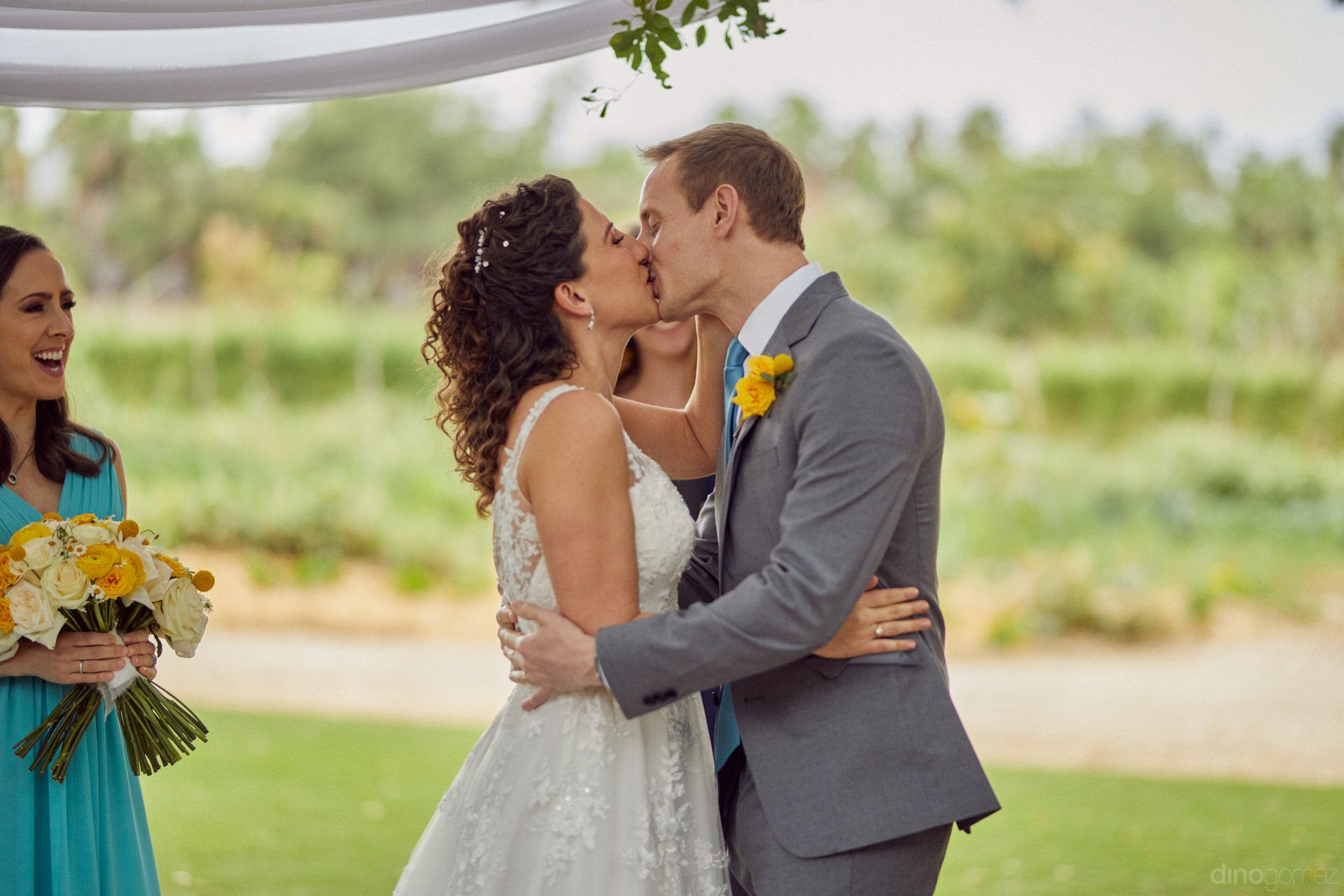 Best Cabo Wedding Venues Like Flora Farms - Hilary & Bryan Flora Wedding