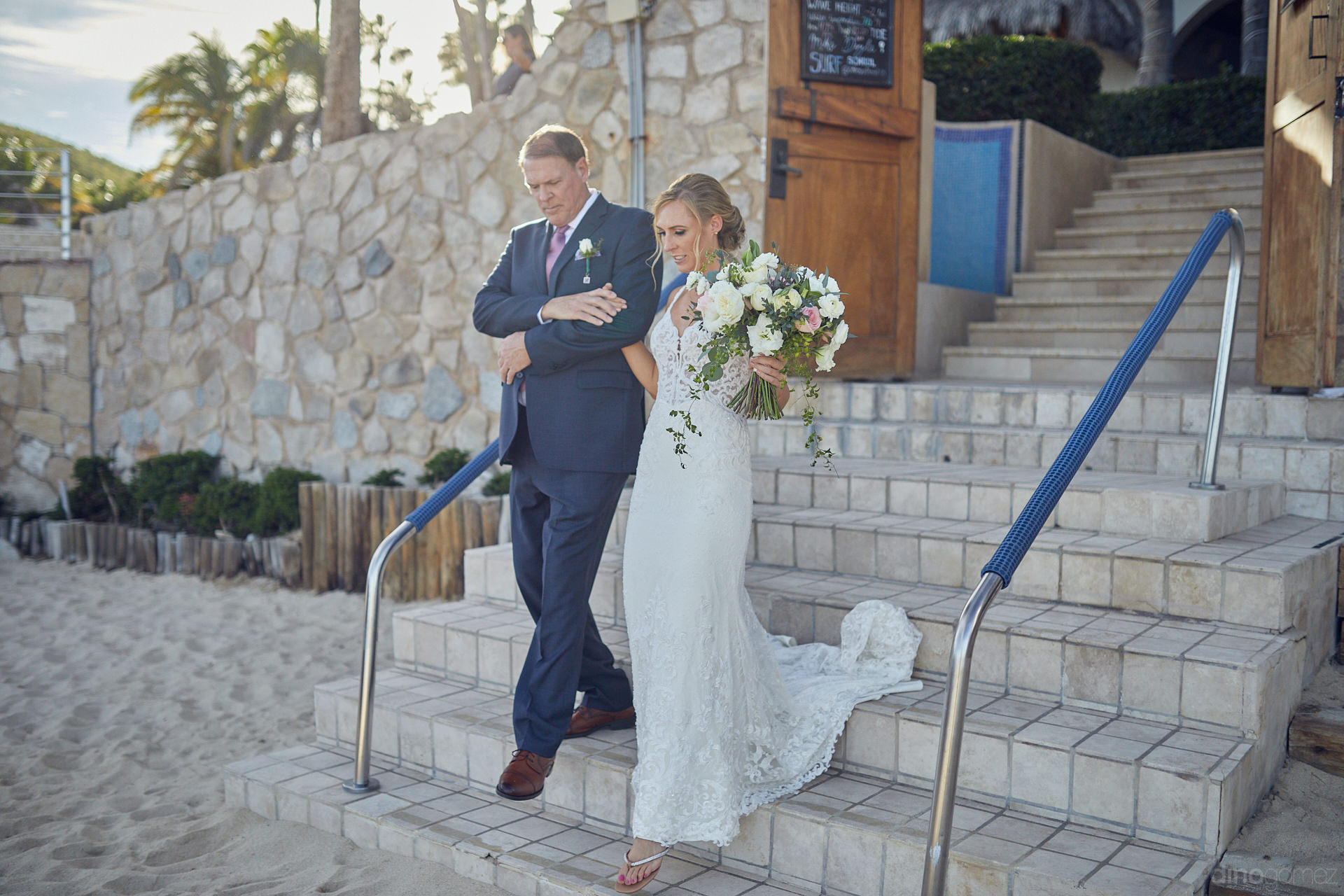 Cabo Wedding Photographers Brought Their Best In This One - Mm