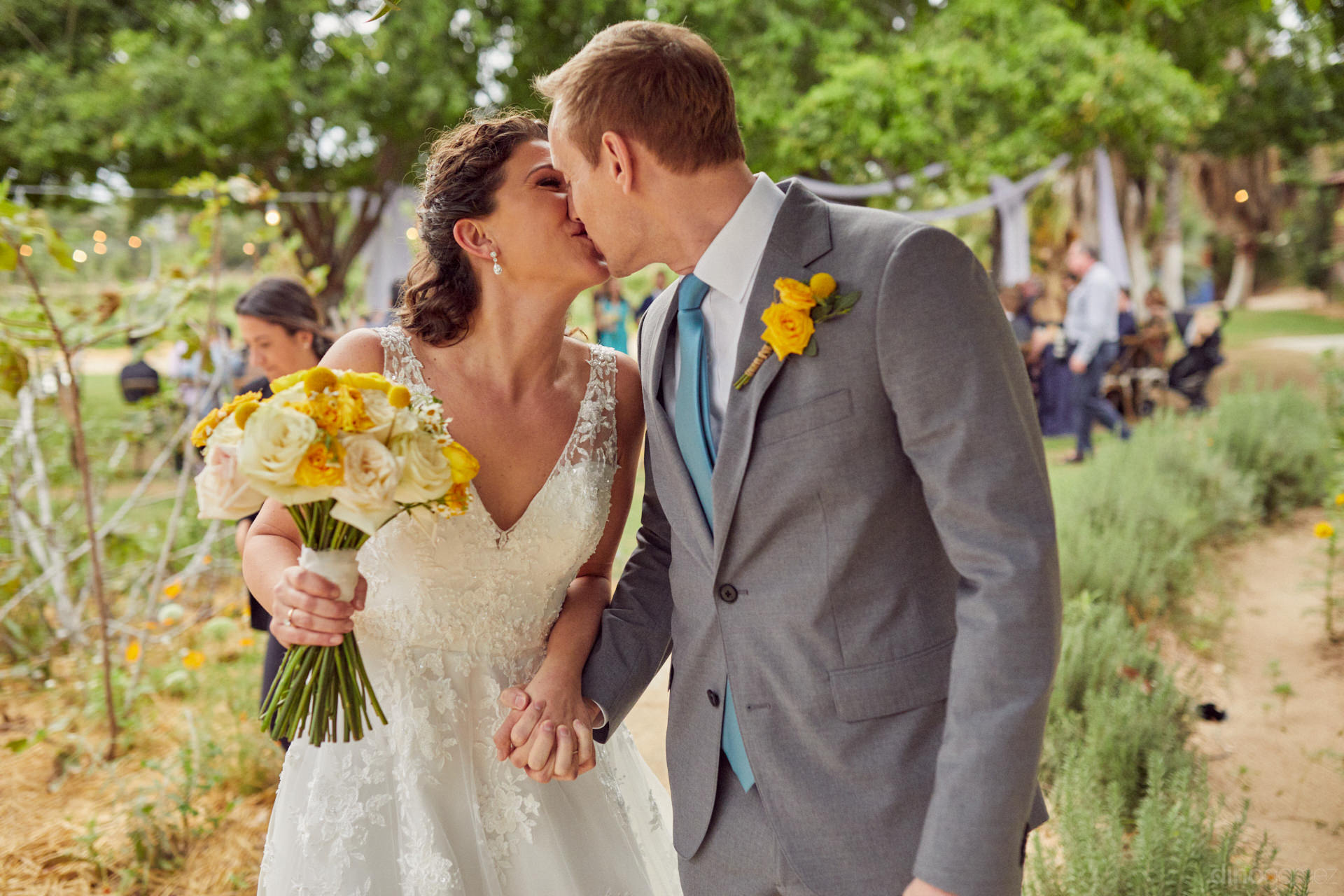 Destination Photographer In Cabo And Mexico - Hilary & Bryan Flora Wedding