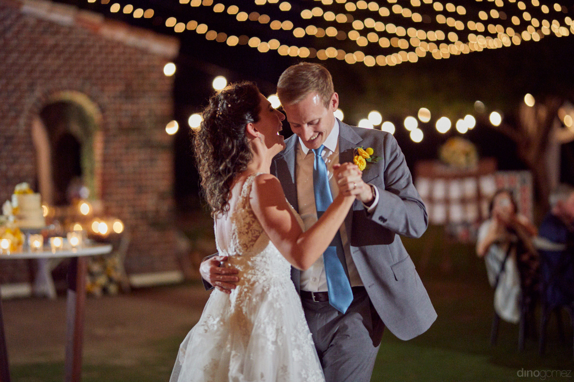 Destination Wedding Photographers - Hilary & Bryan Flora Wedding