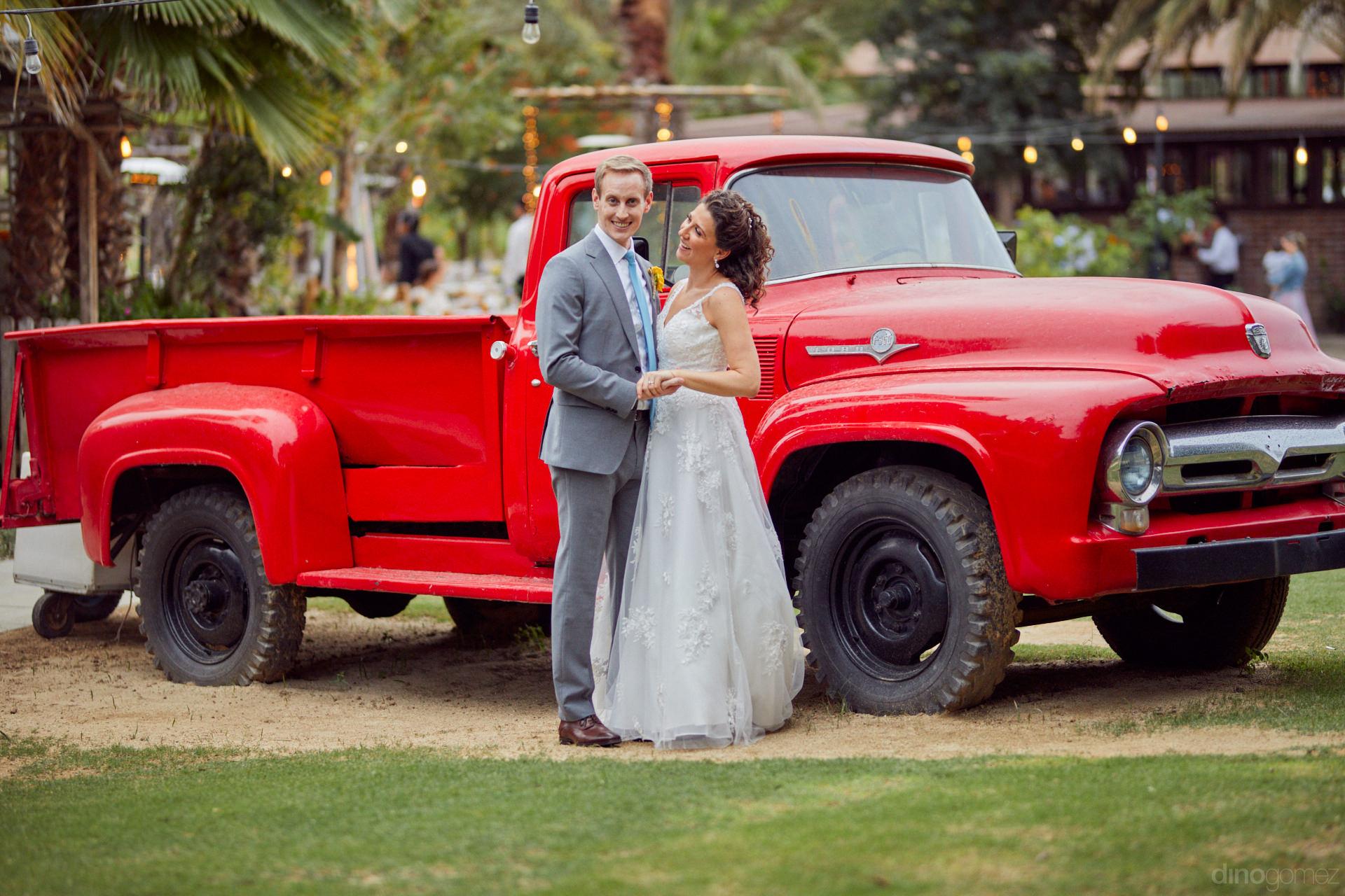 Los Cabos Destination Weddings - Hilary & Bryan Flora Wedding