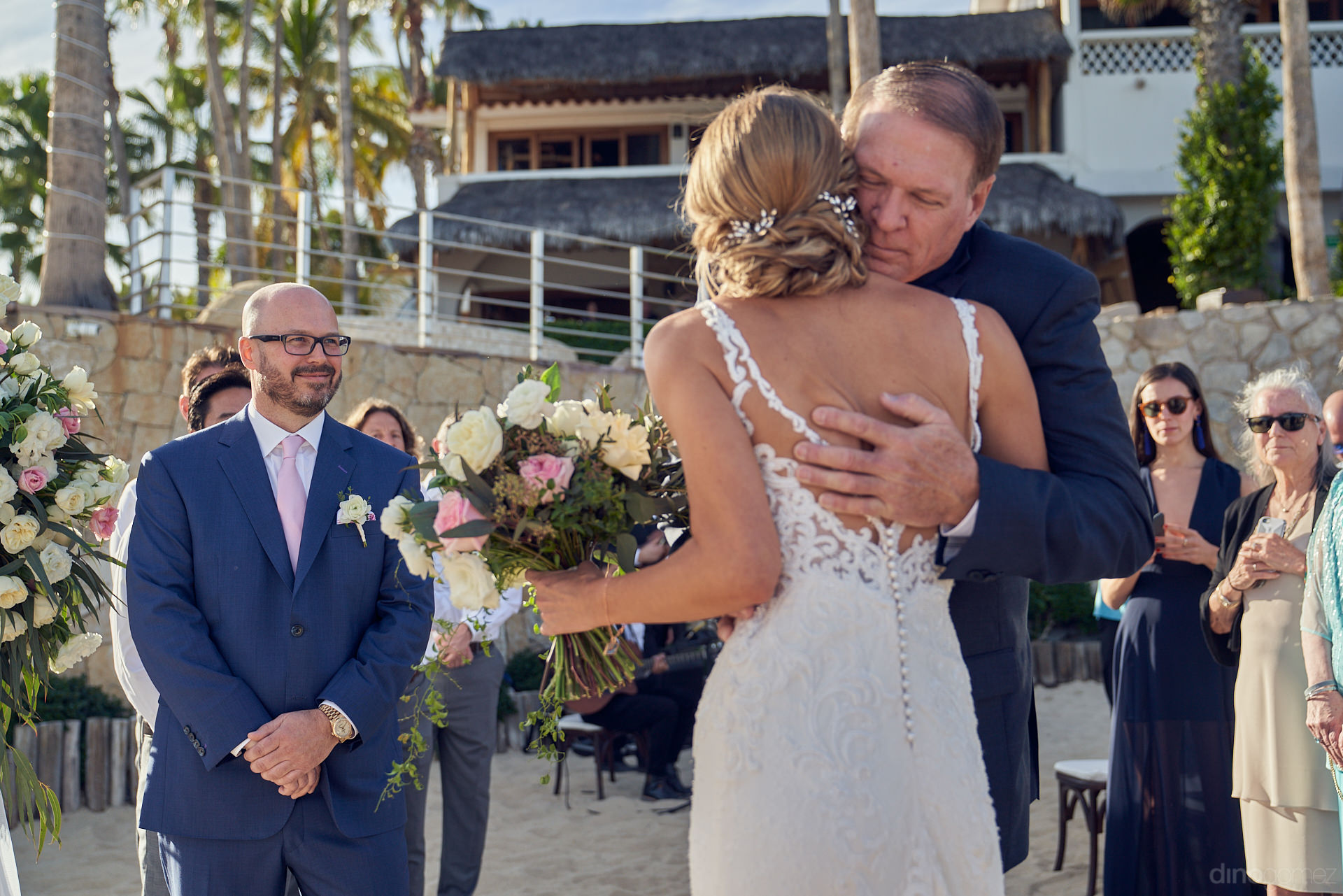 Los Cabos Wedding Videographer And Photographer Together - Mm