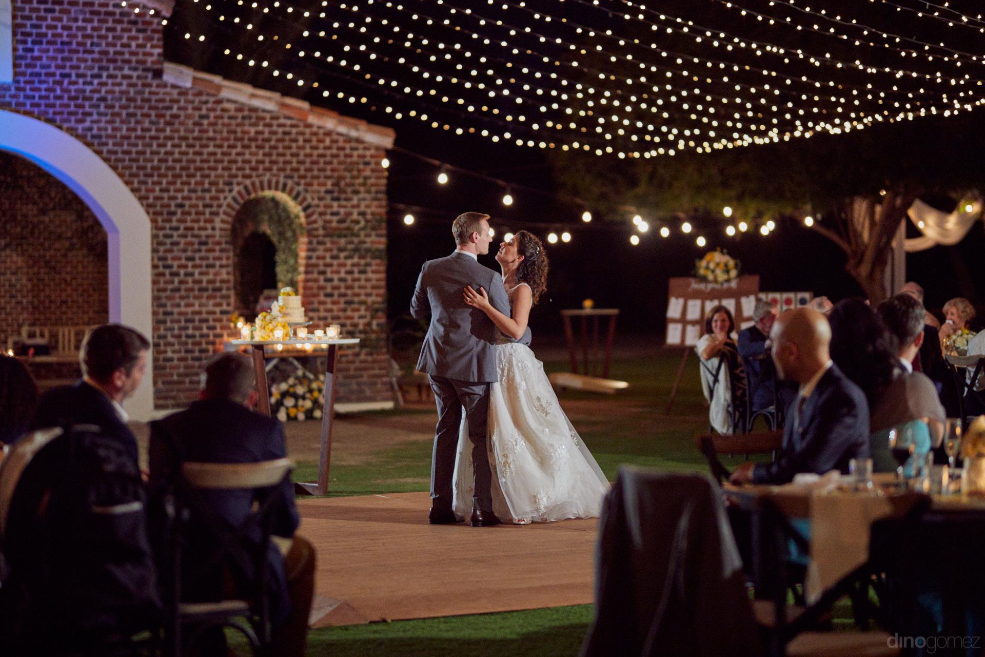 Photographers In Cabo San Lucas - Hilary & Bryan Flora Wedding
