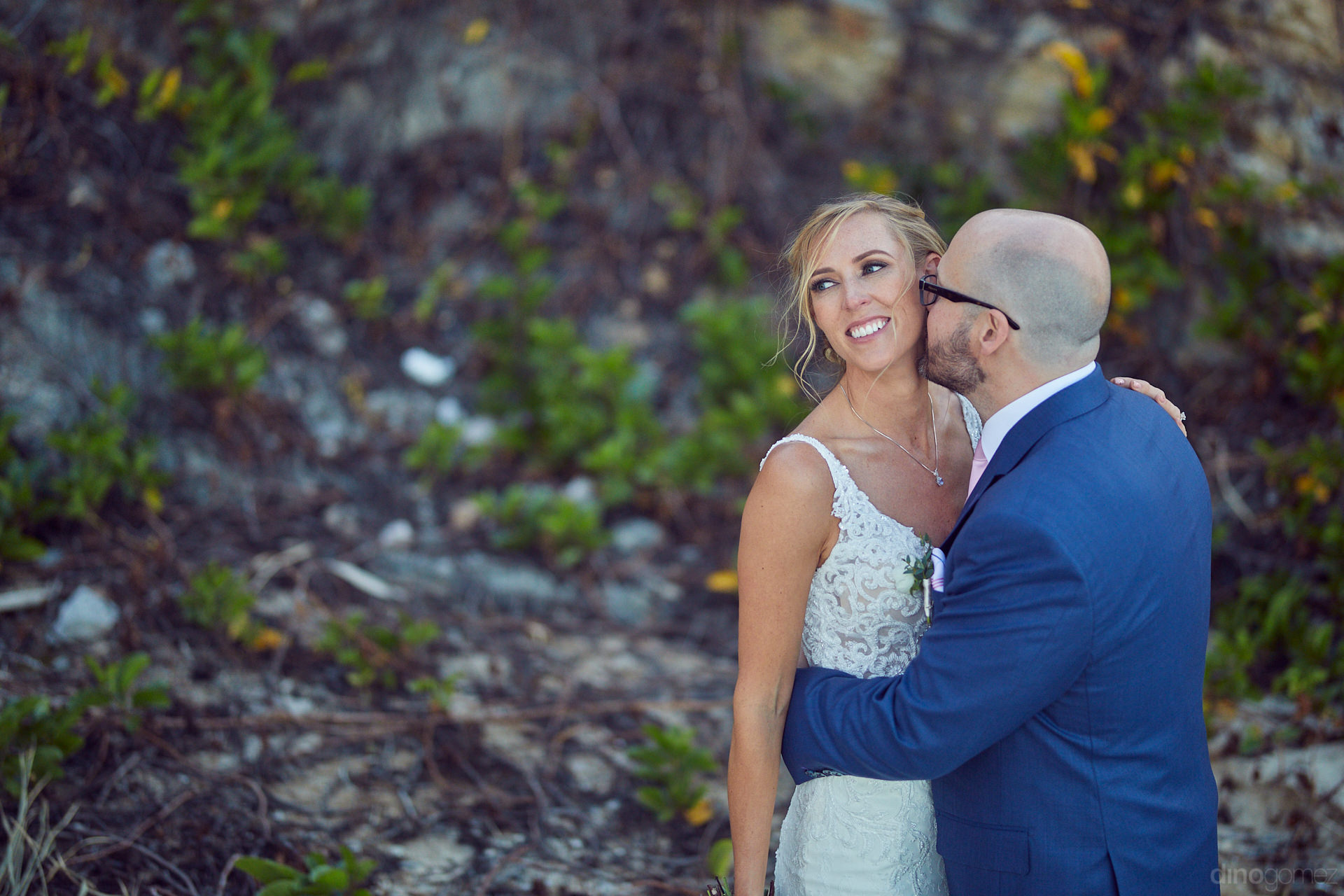 Wedding Photographer In Cabo Had An Incredible Moment In This Photo - Mm