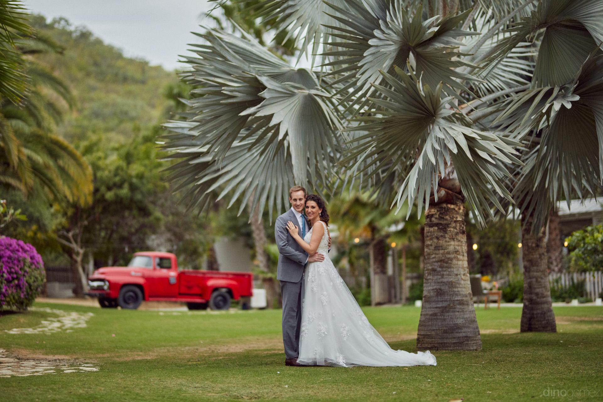 Wedding Planner In Cabo San Lucas - Hilary & Bryan Flora Wedding
