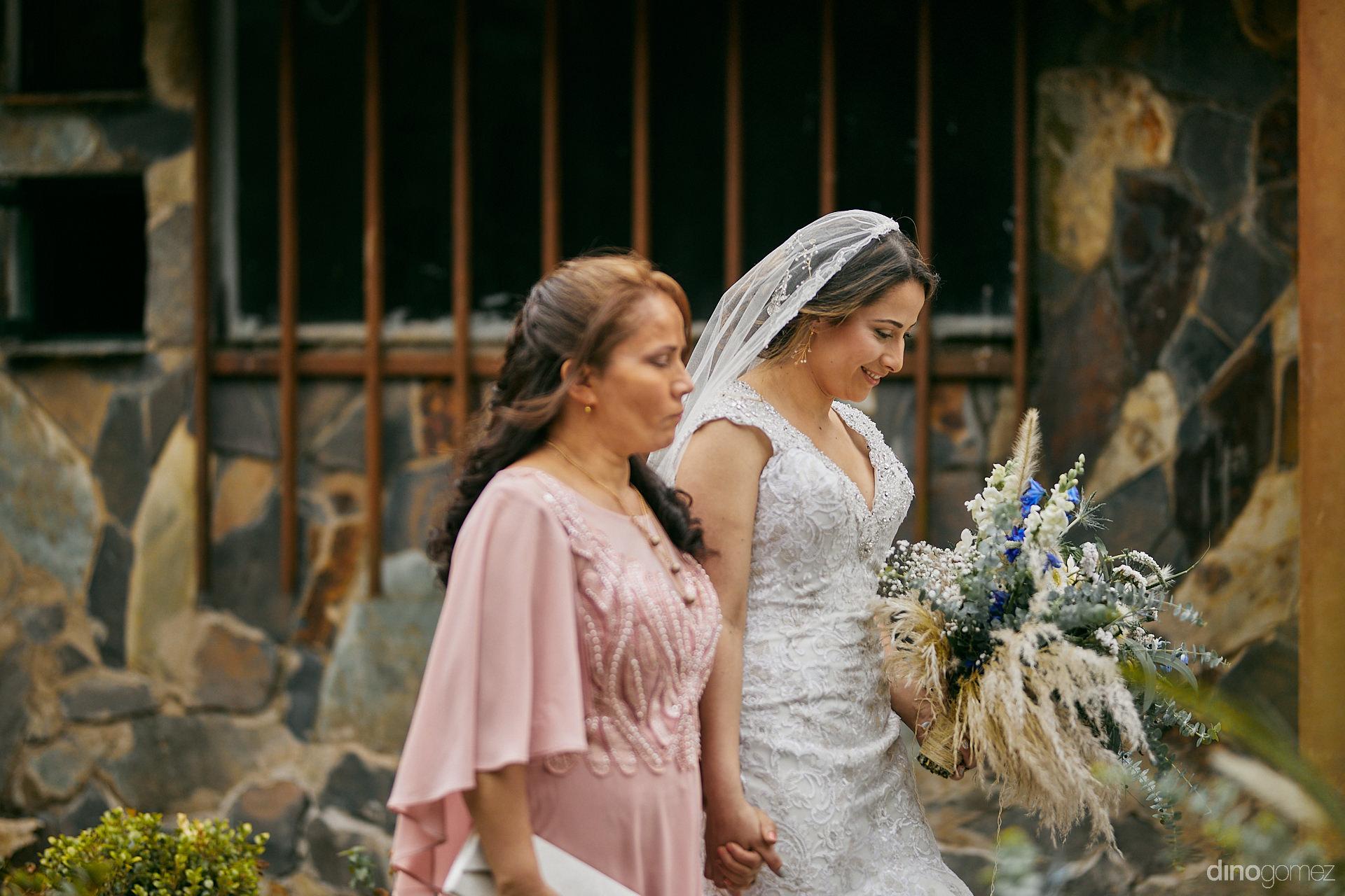 001 - Diy Budget Destination Weddings Can Be Prety Too!