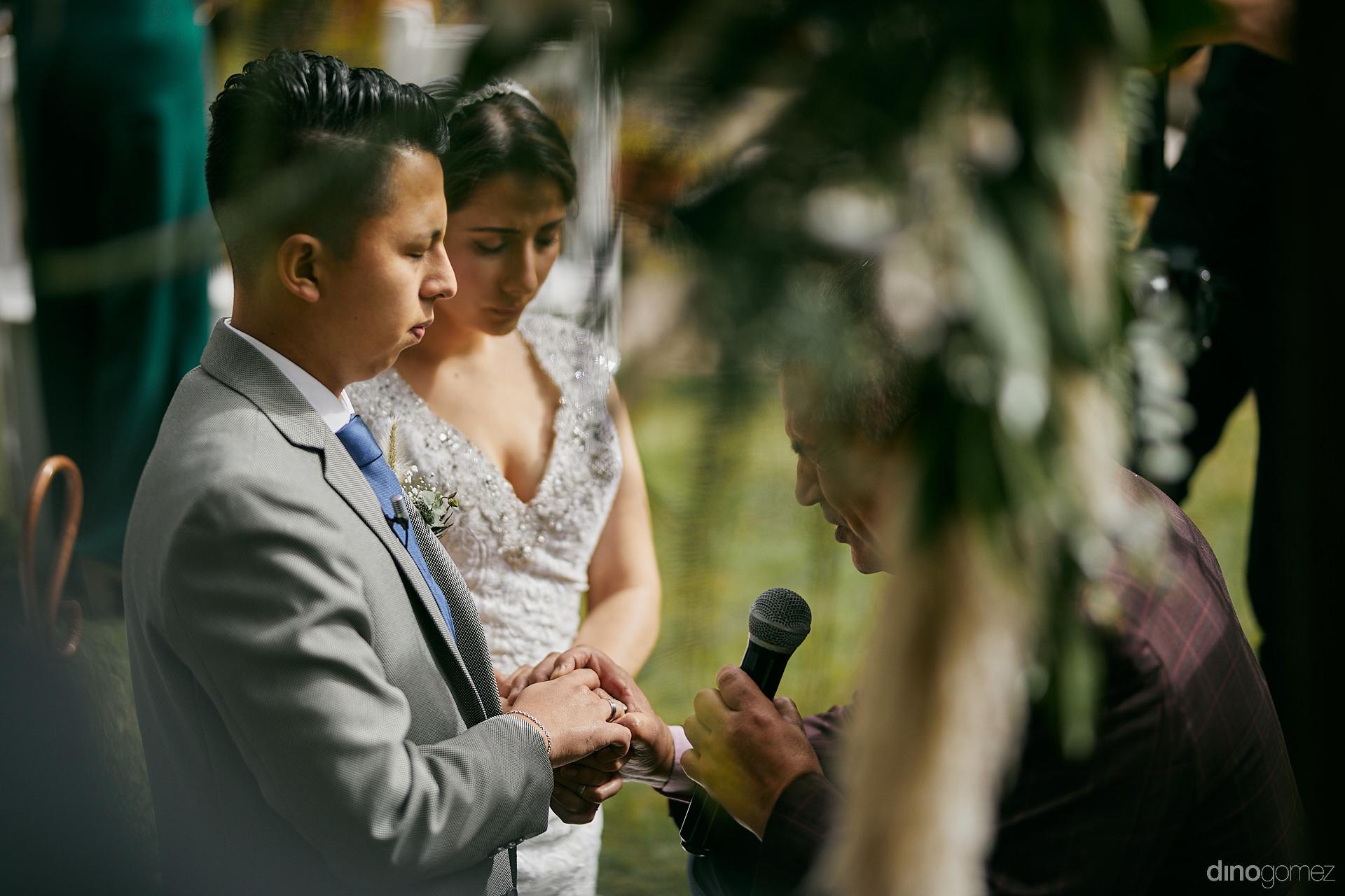 007 - Diy Budget Destination Weddings Can Be Prety Too!