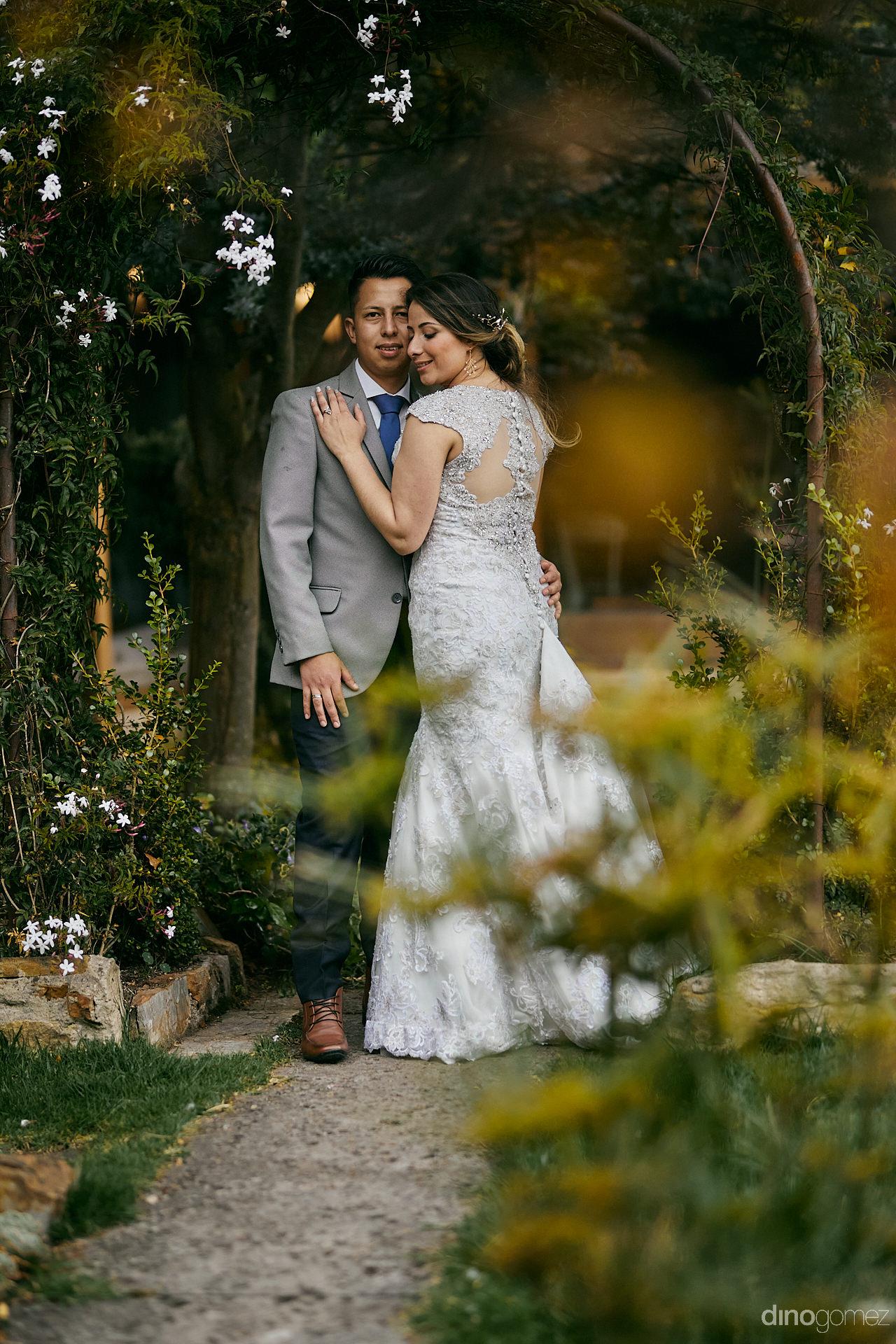 027 - Diy Budget Destination Weddings Can Be Prety Too!