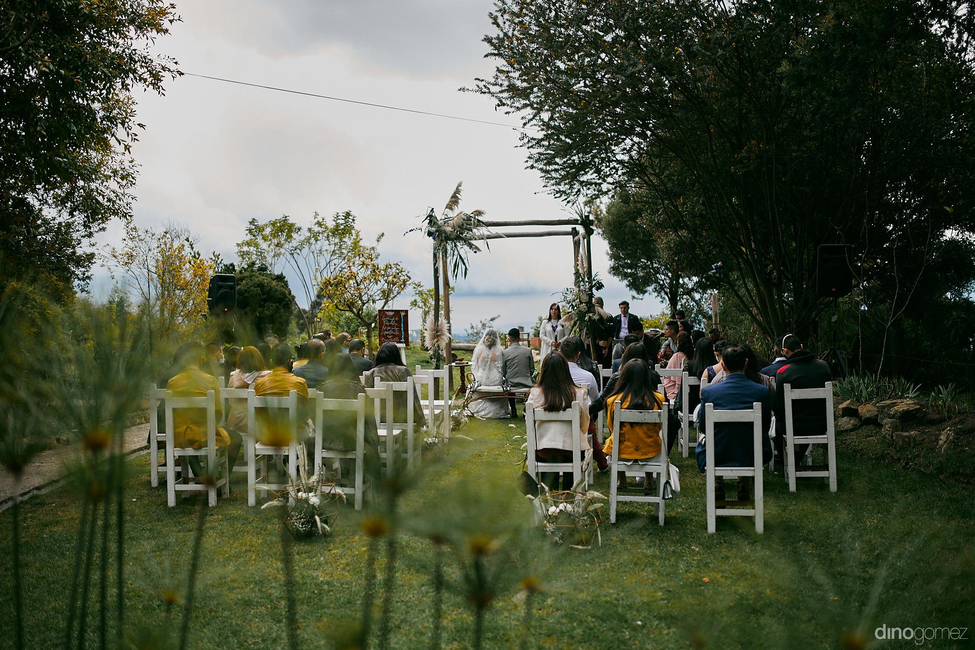 038 - Diy Budget Destination Weddings Can Be Prety Too!