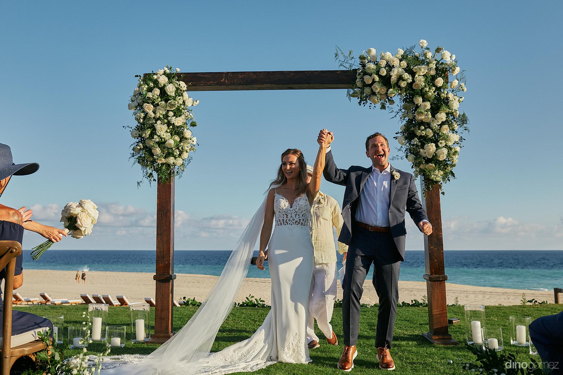 Cabo San Lucas Wedding Photographer - Luxury Wedding Photographer In Cabo Dino Gomez - C&T