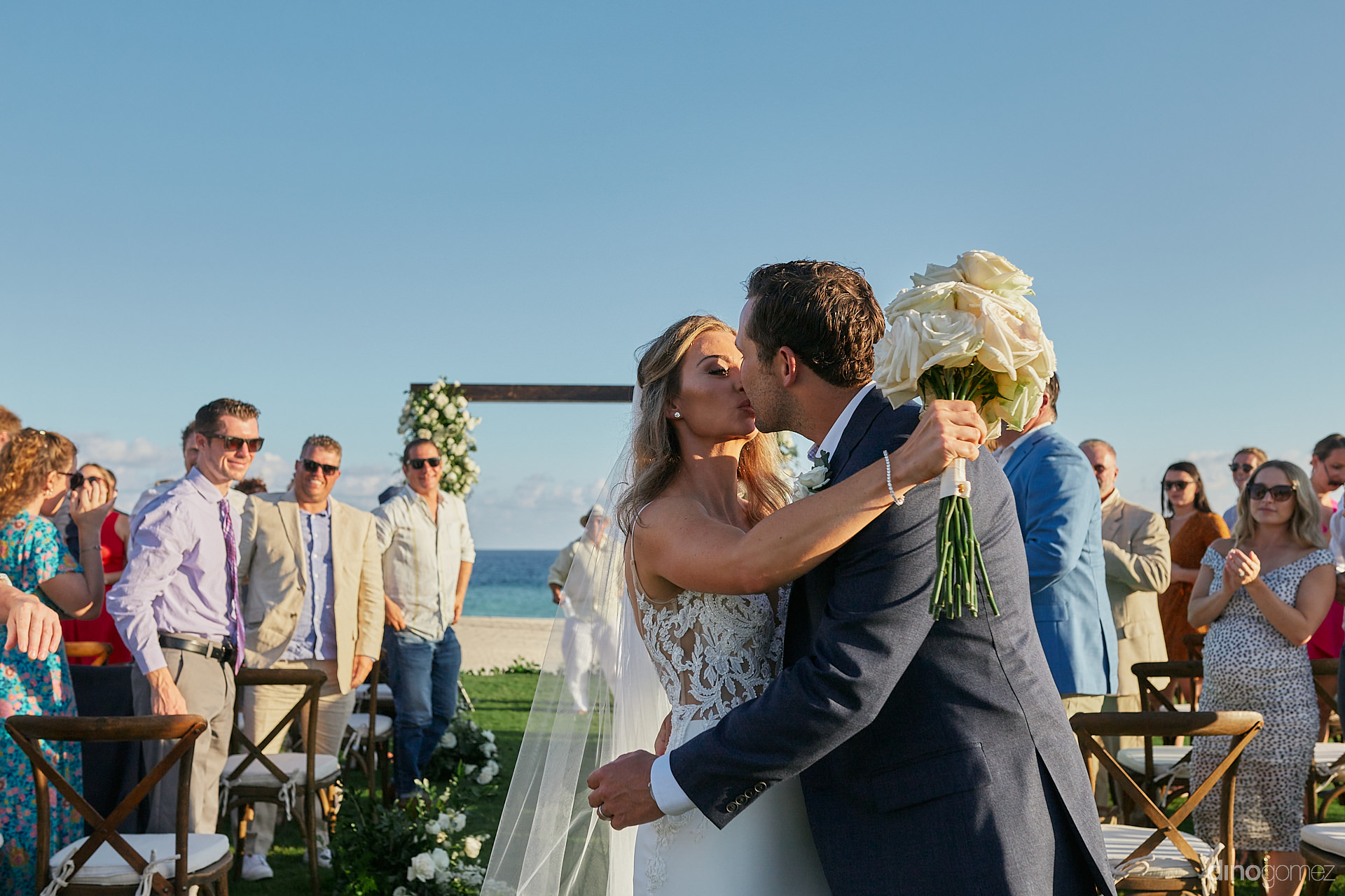 Cabo Wedding Photographers - Luxury Wedding Photographer In Cabo Dino Gomez - C&T