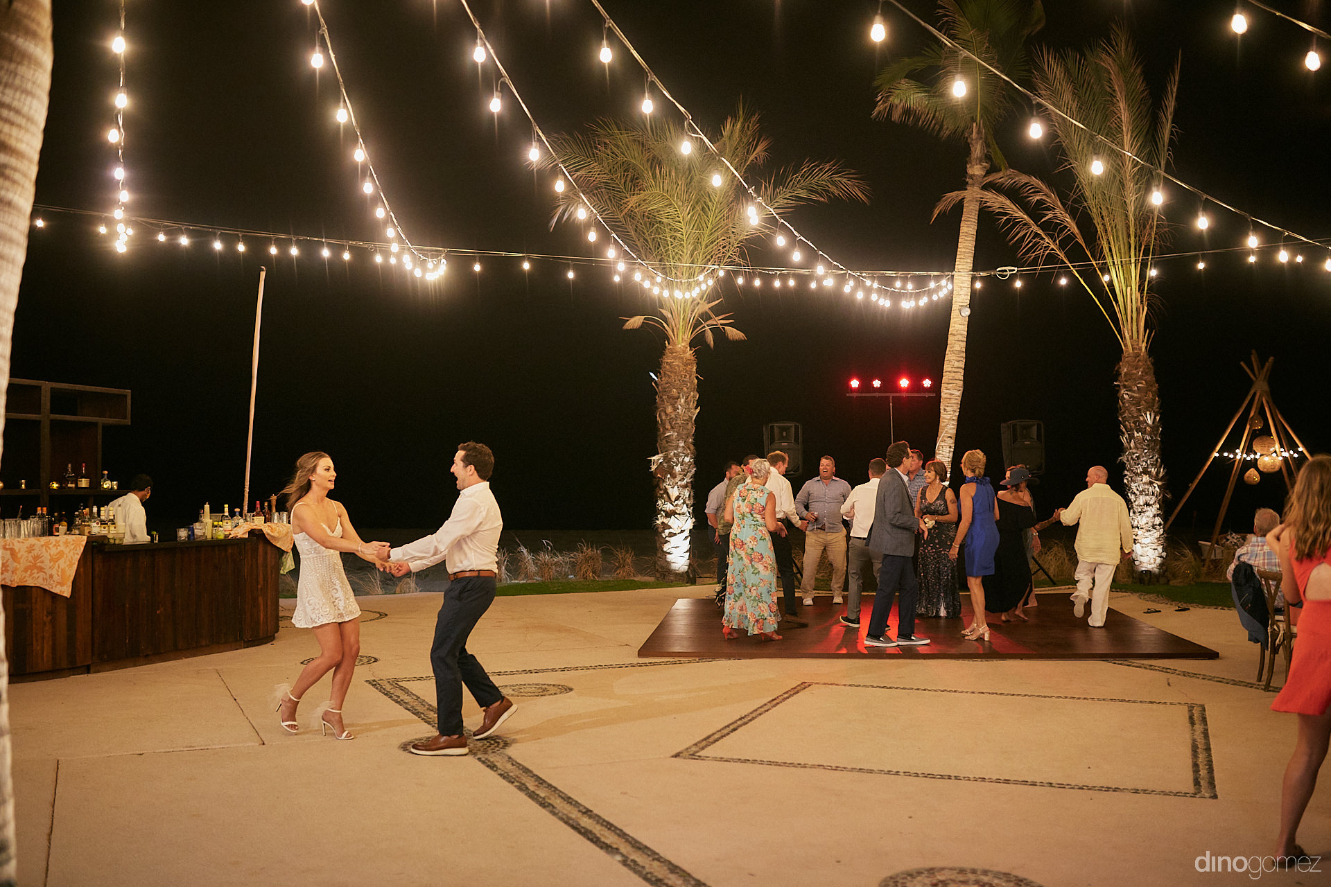 Destination Wedding Cabo San Lucas - Luxury Wedding Photographer In Cabo Dino Gomez - C&T