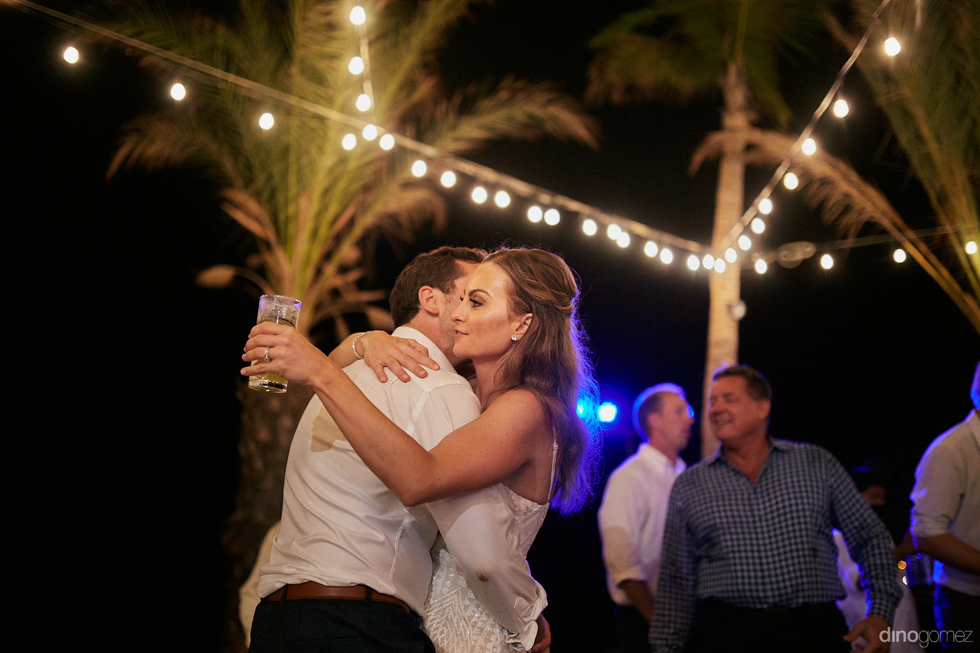 Flora Farms Weddings In Cabo - Luxury Wedding Photographer In Cabo Dino Gomez - C&T