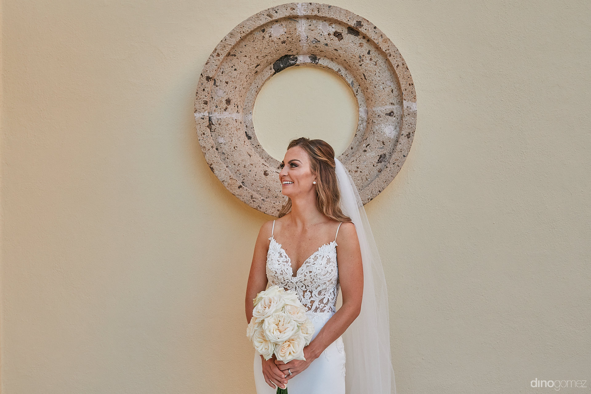 Los Cabos Wedding Vendors - Luxury Wedding Photographer In Cabo Dino Gomez - C&T