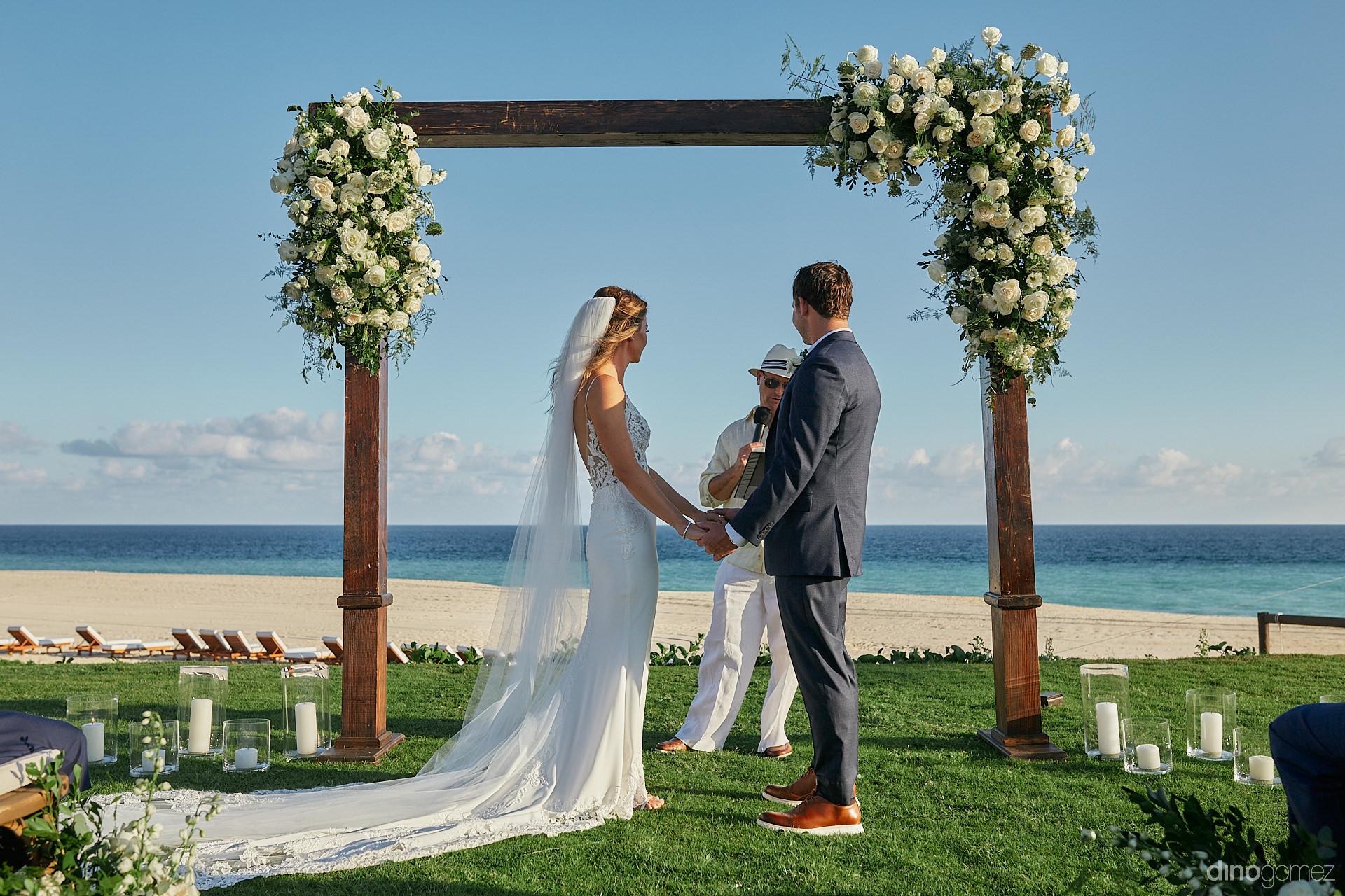 Luxury Weddings In Los Cabos - Luxury Wedding Photographer In Cabo Dino Gomez - C&T