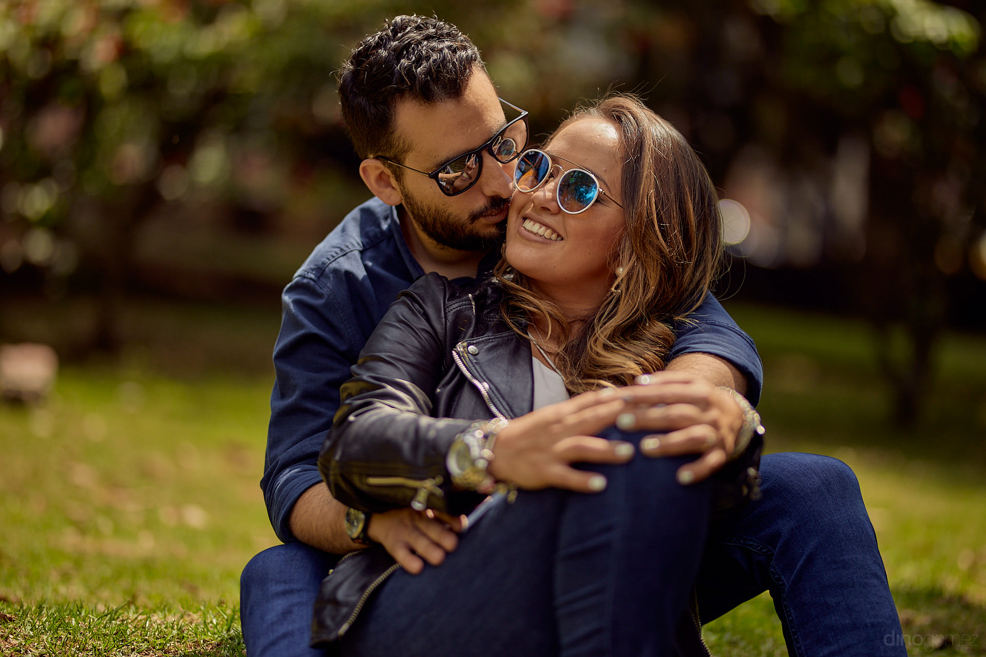 Dino Gomez Is A Photographer In Queretaro Offering A Varied Portfolio Of Photos, Which Include Wedding Photography, Senior Portraits, Beach Sessions And More