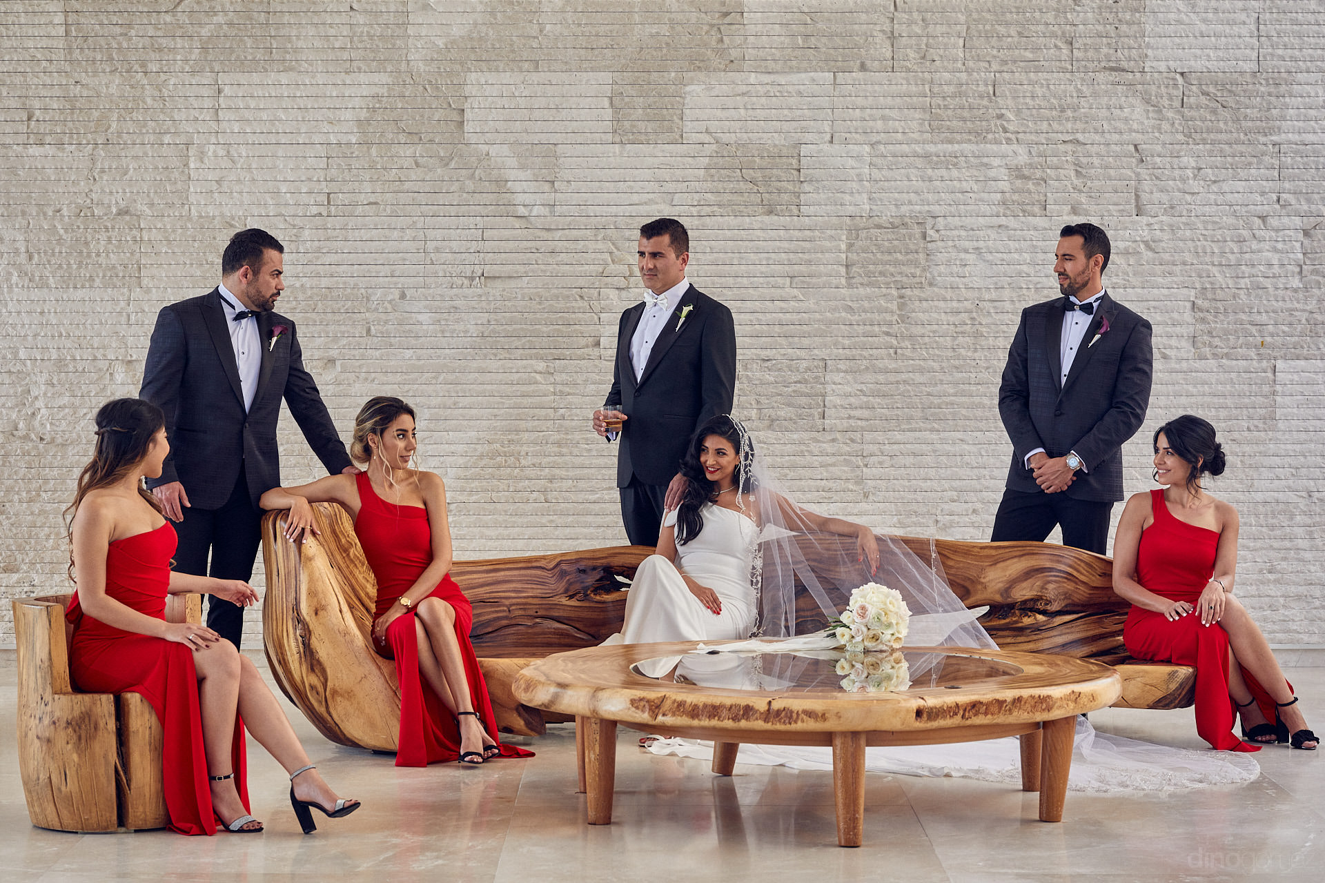 Dino Gomez Is A Wedding, Portrait And Luxury Lifestyle Photographer Located In San Miguel De Allende. With The Support Of His Team, He Creates Artistic, Unique And Memorable Photographs That Will Last Generations.