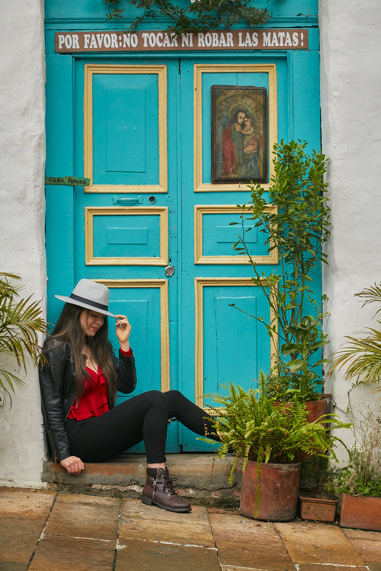 Dino Gomez Is An Award Winning Photographer Based In Queretaro And Doing Business In San Miguel De Allende, Mexico. He Provides Location Photography Services For Weddings, Fashion And Commercial Clients.