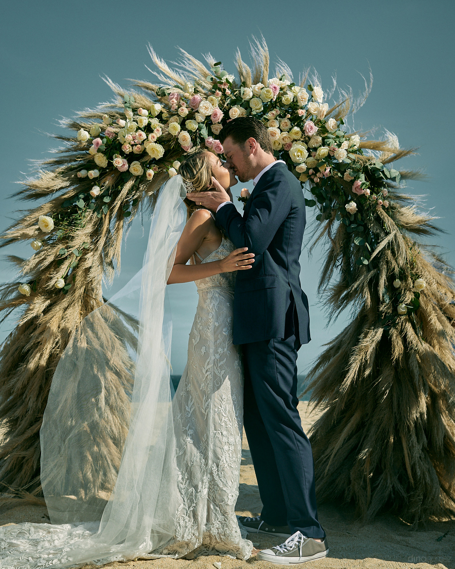 Hire The Best Destination Wedding Photographer In Cabo