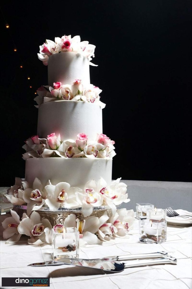White Elegant Wedding Cake With Flowery Detail