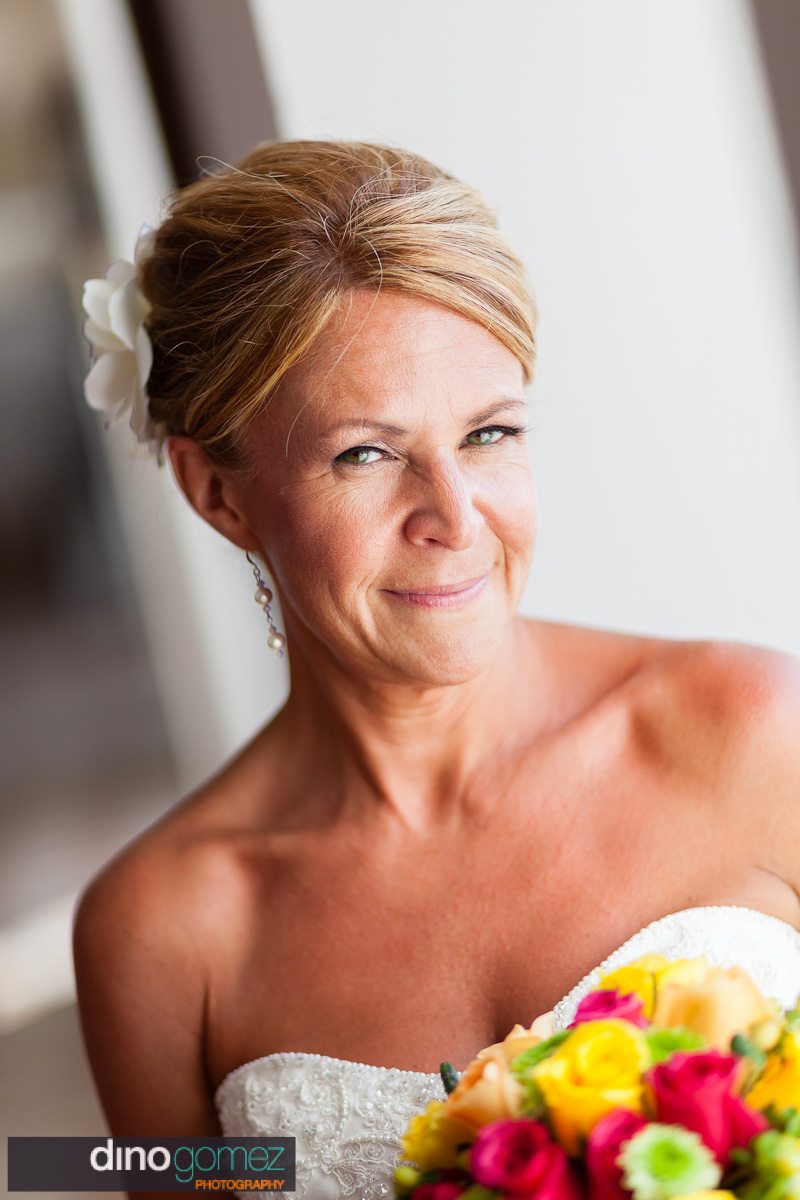 Portrait of a beautiful bride by destination wedding photographer Dino Gomez
